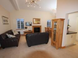 kilmuckridge-holiday-homes-wexford-luxury-self-catering-living-space (54)