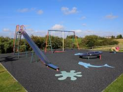 kilmuckridge-holiday-homes-wexford-private-gated-complex-play-area-swing-slide (18)
