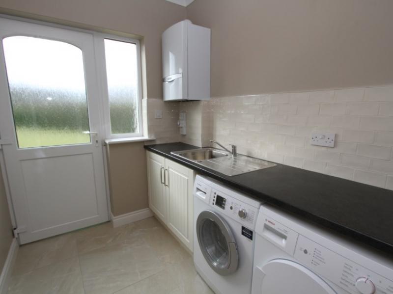 kilmuckridge-holiday-homes-wexford-luxury-self-catering-utility (11)